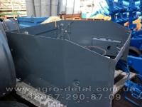Ограждение радиатора 150.47.011-6  тракторов Х Т З, Т-150,Т-151,Т-156,Т-1722